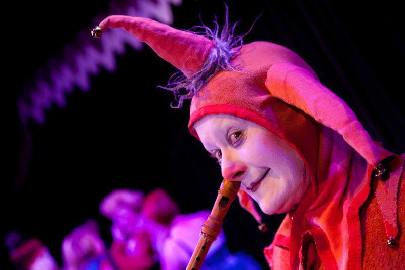 NOLA RAE presenta: EXIT NAPOLEON - Perseguit per conills @ Teatre Pare Casals | Catalunya | Espanya
