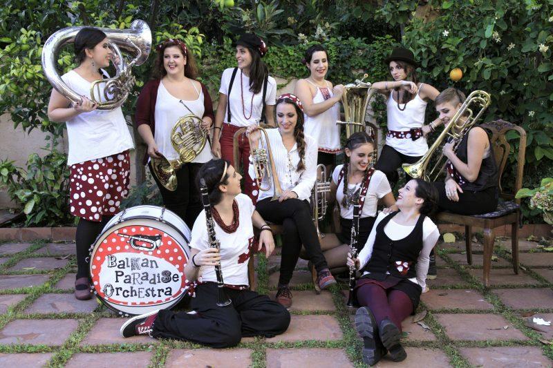 BALKAN PARADISE ORCHESTRA @ Espectacle itinerant pels carrers del poble | Catalunya | Espanya