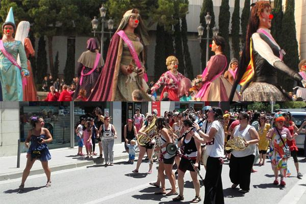 LES PALLASSES i GEGANTES VAN A FER EL VERMUT I US CONVIDEN! @ Pels carrers del poble | Catalunya | Espanya